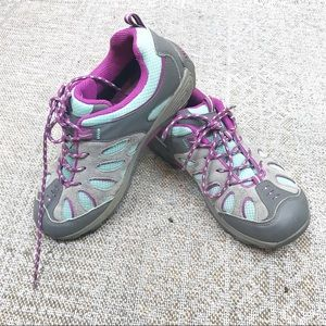 Merrell hiking sneaker women's size 5 purple blue